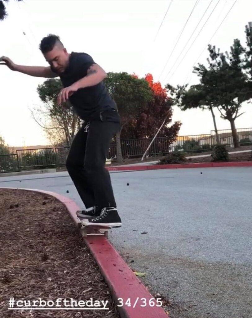 skateboarding-coffee-santa-cruz